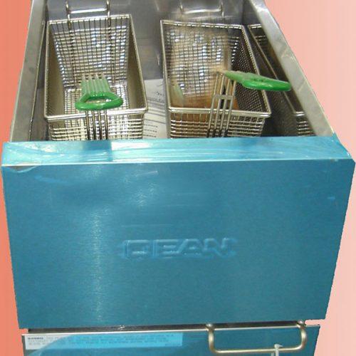 تجهیزات آشپزخانه صنعتی-سرخکن سیب زمینی