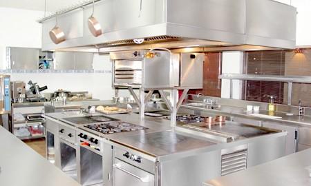 تجهیزات فست فود مورد نیاز برای تجهیز آشپزخانه